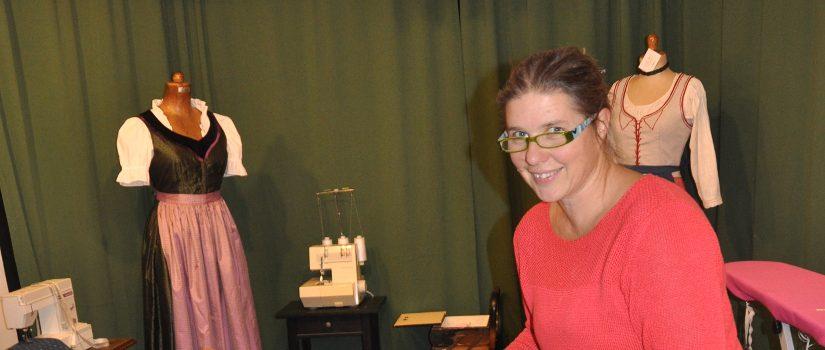 Astrid Weiss in ihrem Atelier